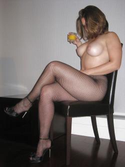 candaulisme avec cougar sexy et coquine 041