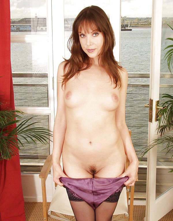 photo pour s'exciter devant sexe femme mature nue du 68