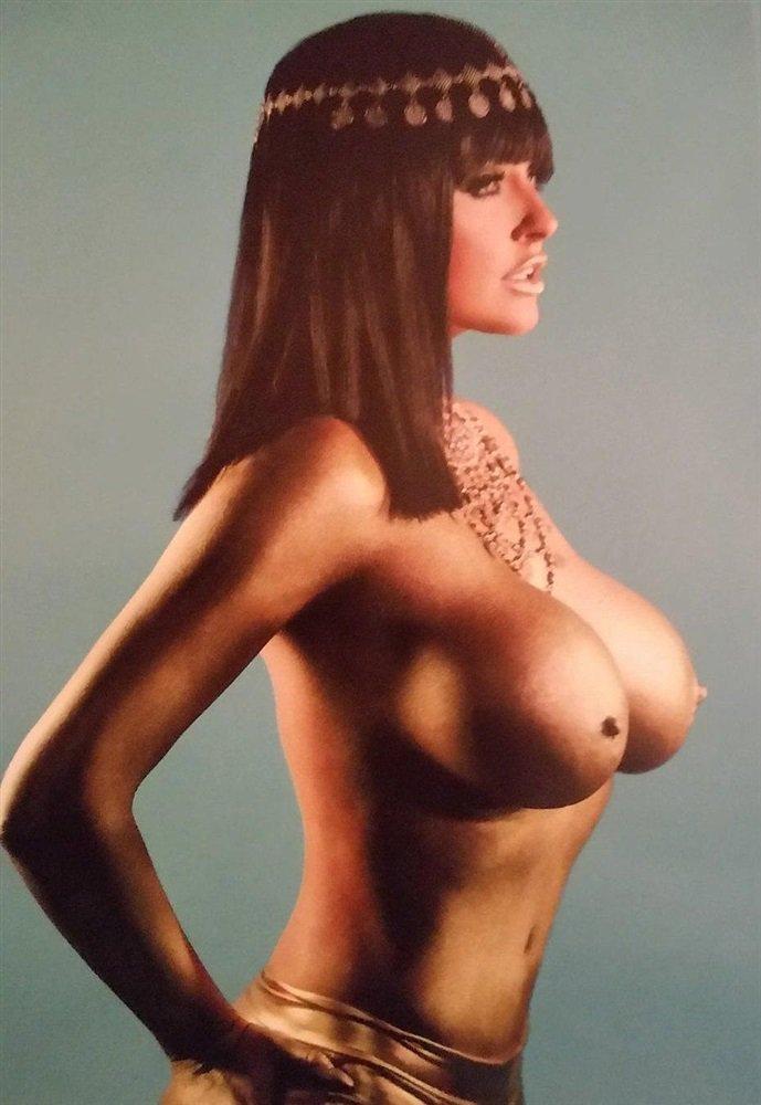 Photo coquine meuf gros seins du 59