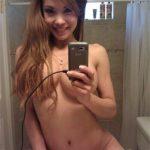 Photo femme nue offerte sur le 36
