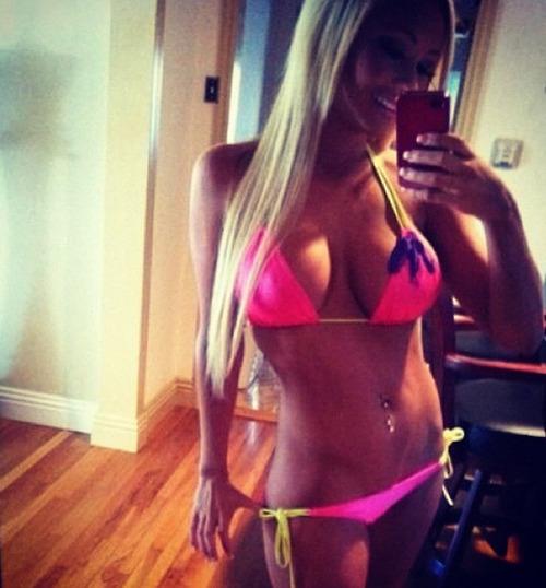 sexy toute nue sur le 19