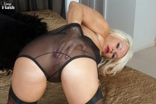 chaude cougar sexe en photo 127